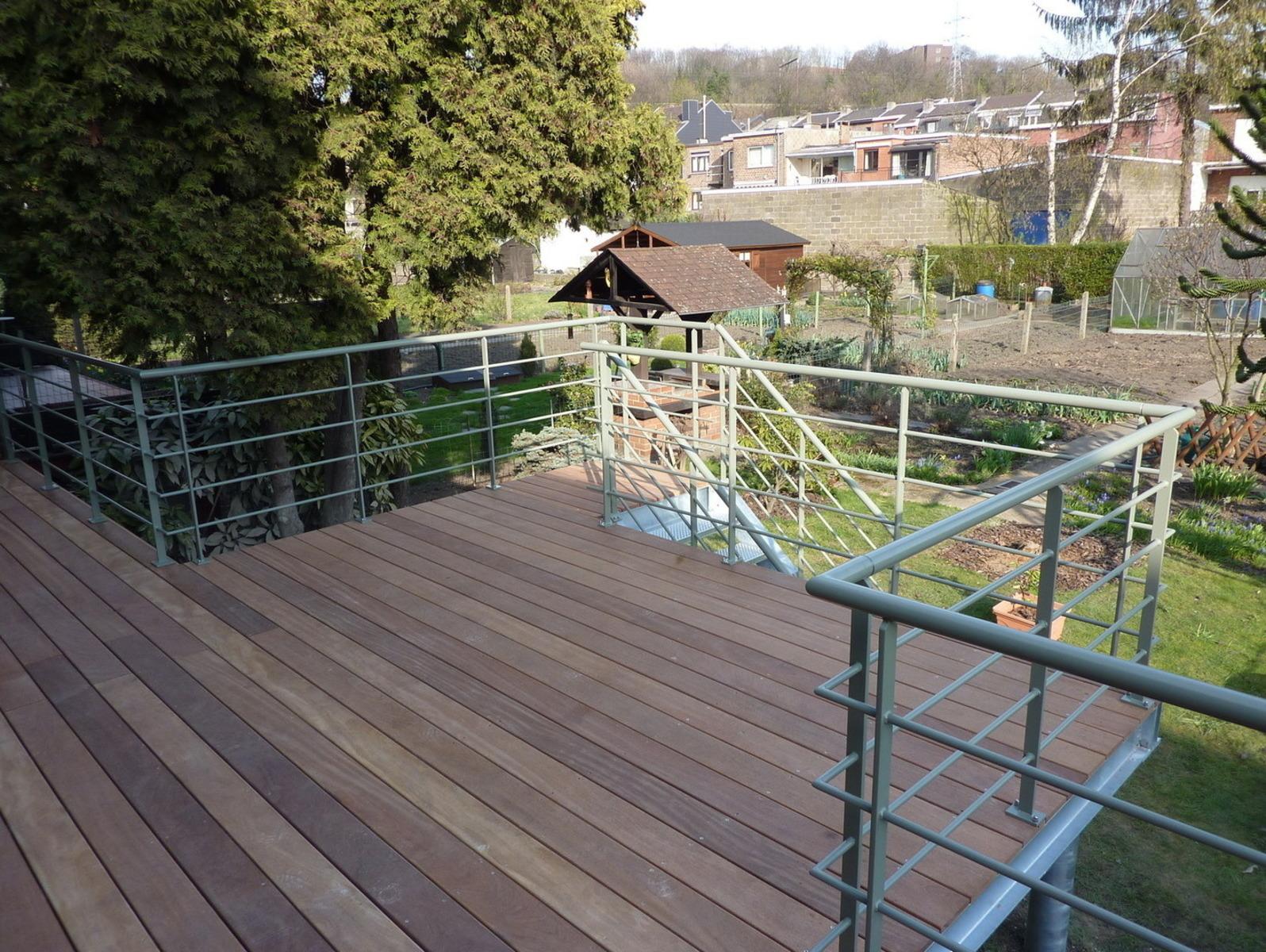 Terrasse Bois Et Fer terrasse sur pilotis esneux. structure bois et métal.